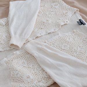 Vintage Retro Crochet White/ Cream Knit Cardigan🤍